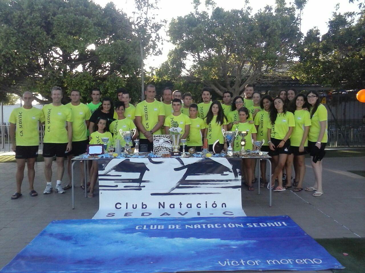 El Club Natación Sedaví-C triunfa en la Travesía a Nado del Puerto de Valencia