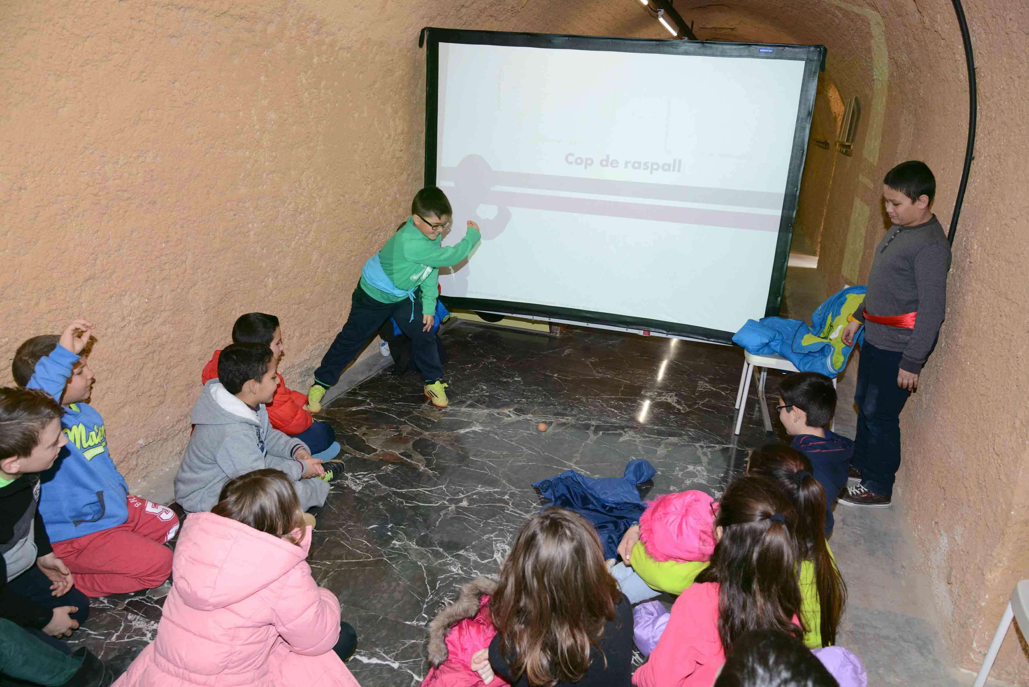 El Museo de la Rajoleria de Paiporta se convierte en un trinquet