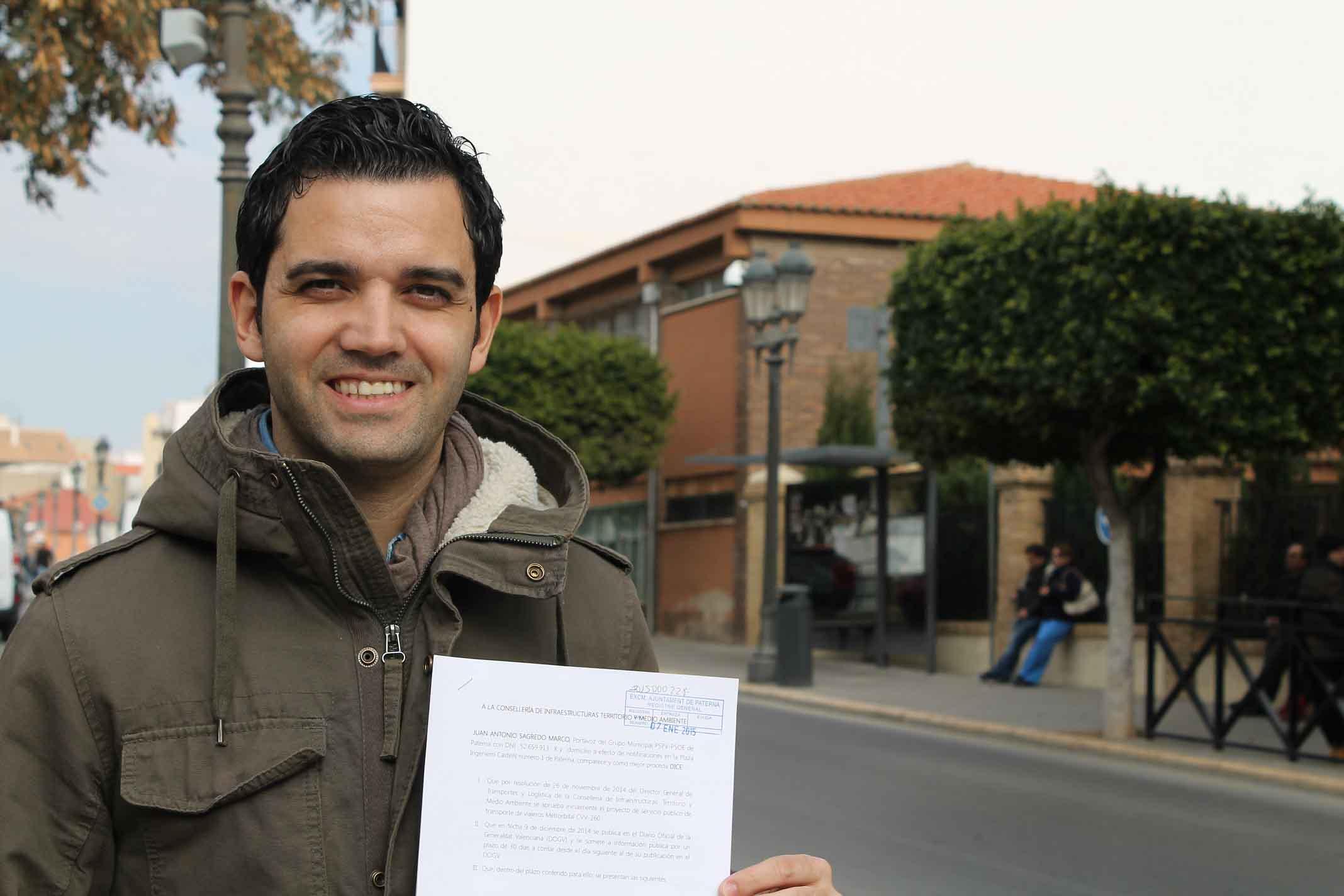 Sagredo propone que todos los centros educativos de Paterna pasen la 'ITV'