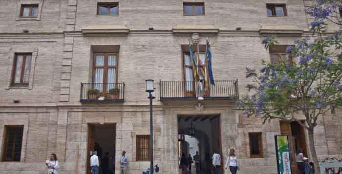 UPyD en Catarroja pide conocer el salario de los altos cargos y funcionarios