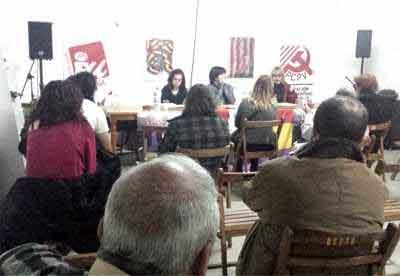 La 'Asamblea Dignidad' reivindica la figura de la mujer en una charla-coloquio en Aldaia