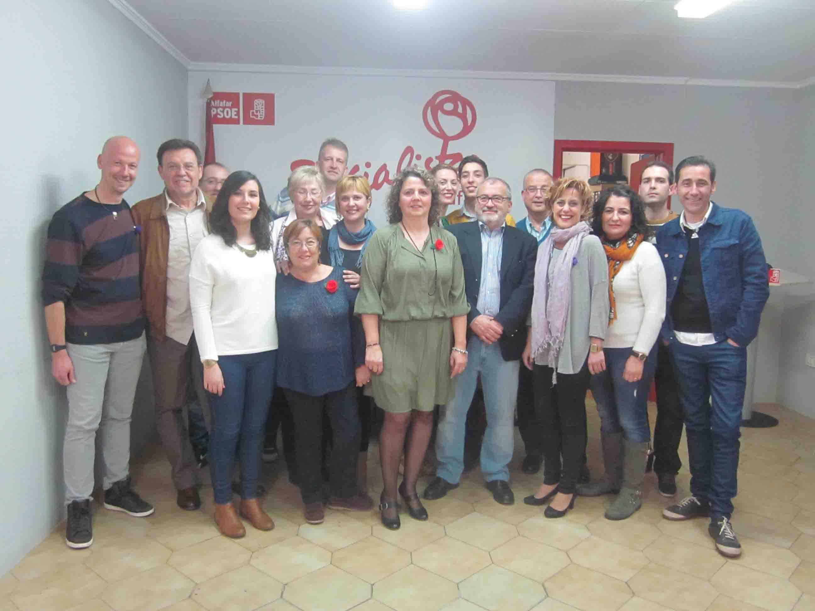 Una lista joven encabezada por Rosa Ruz optará a la alcaldía de Alfafar por el PSOE