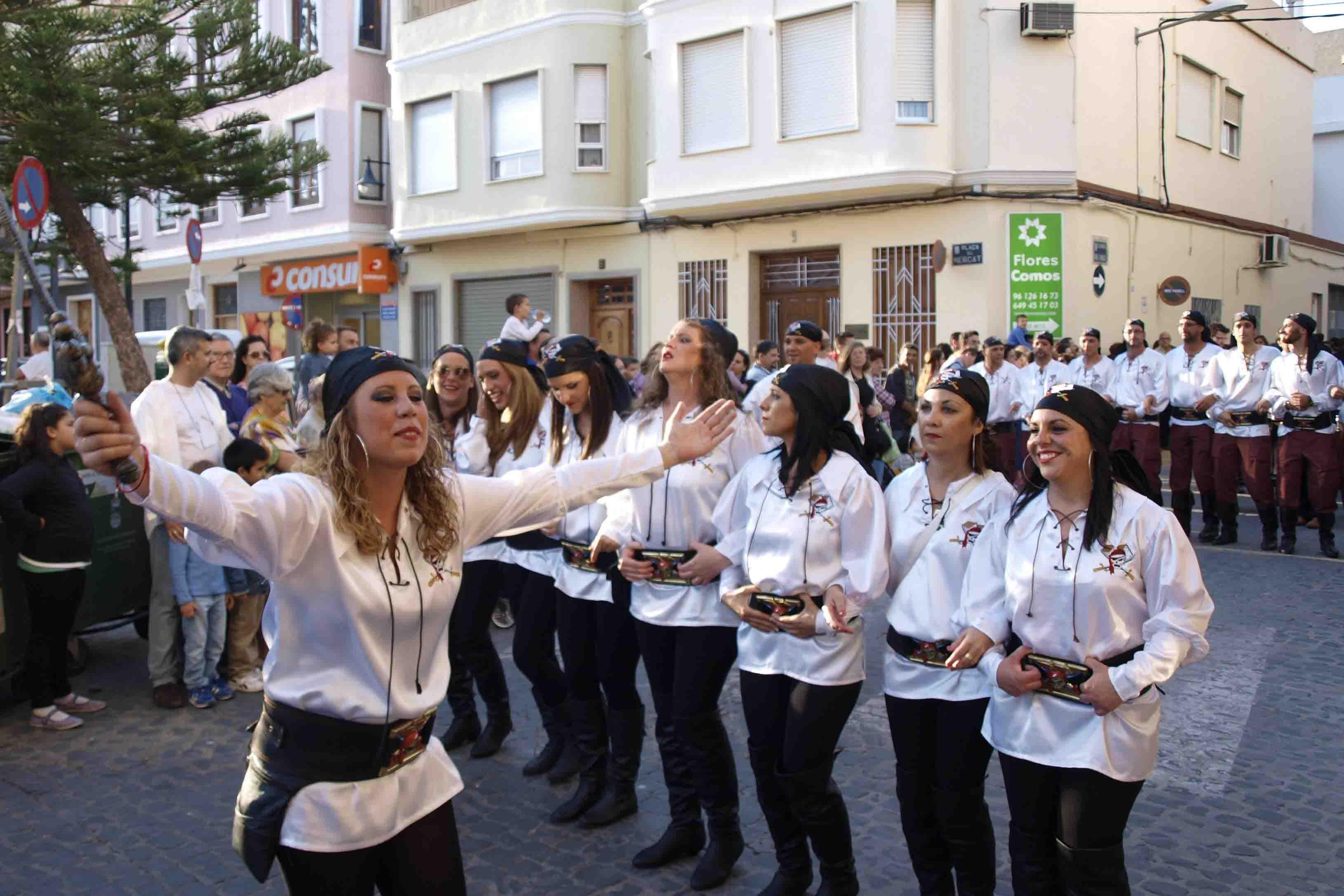 El Mig Any de Moros y Cristianos y el Mercado Medieval, inundan de fiesta las calles de Catarroja