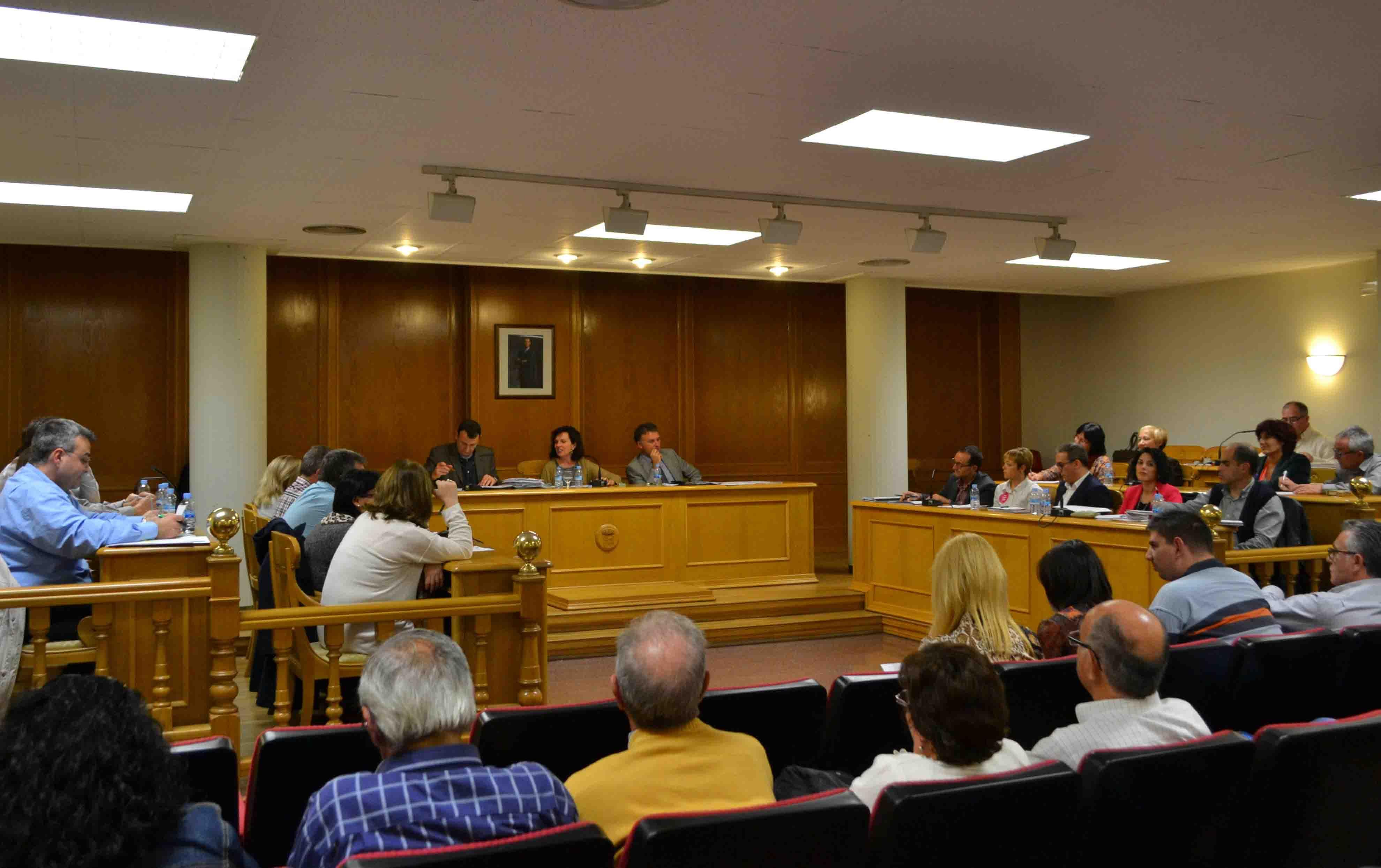 El pleno del Ayuntamiento declara Quart de Poblet ciudad acogedora de refugiados
