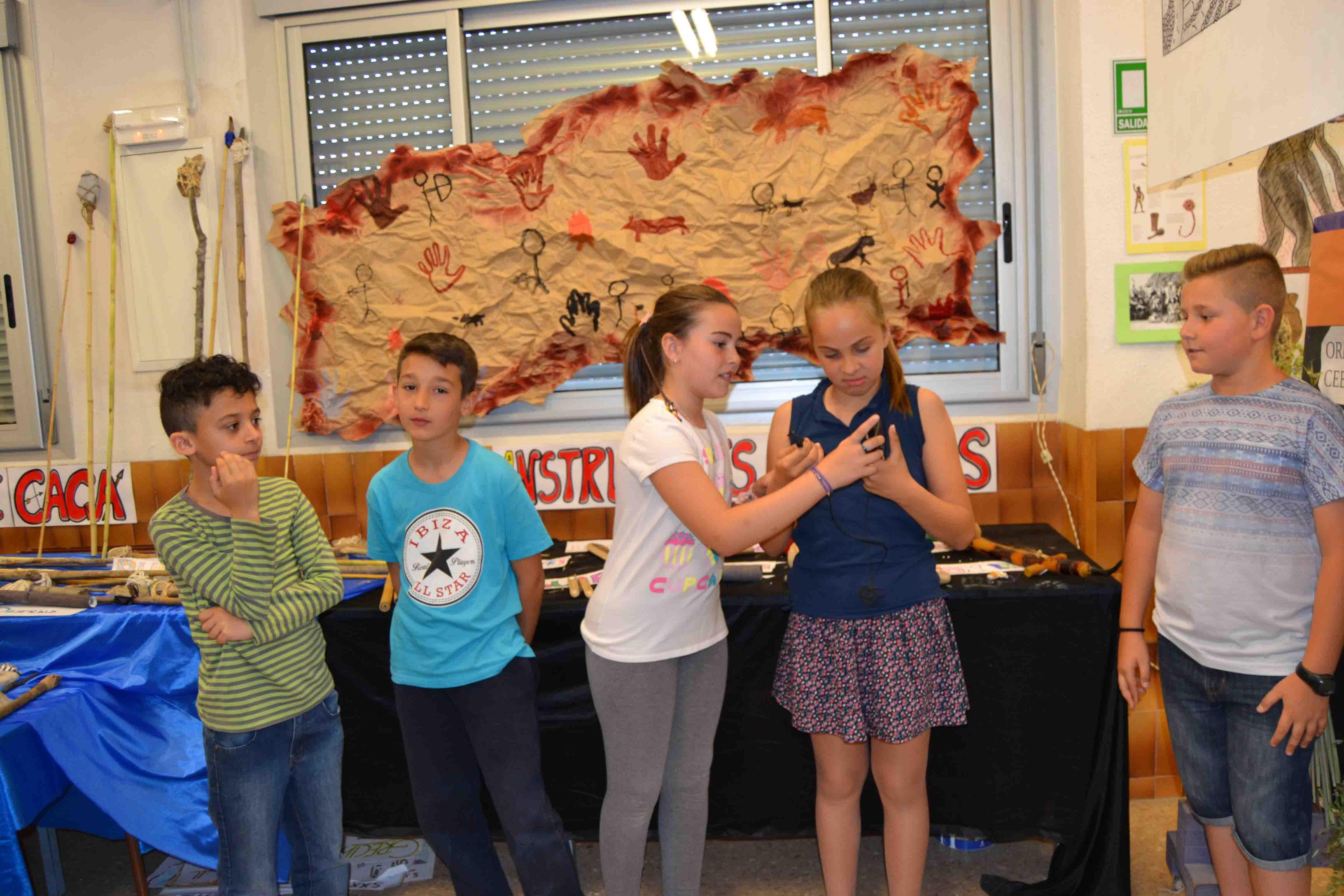 Los alumnos del Ausias March de Aldaia celebran su Semana Cultural