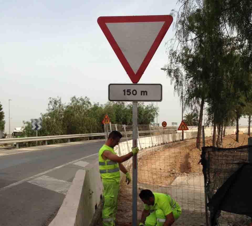 Los vehículos circulan ya de Xirivella a la A3 sin pasar por el STOP de Feycu