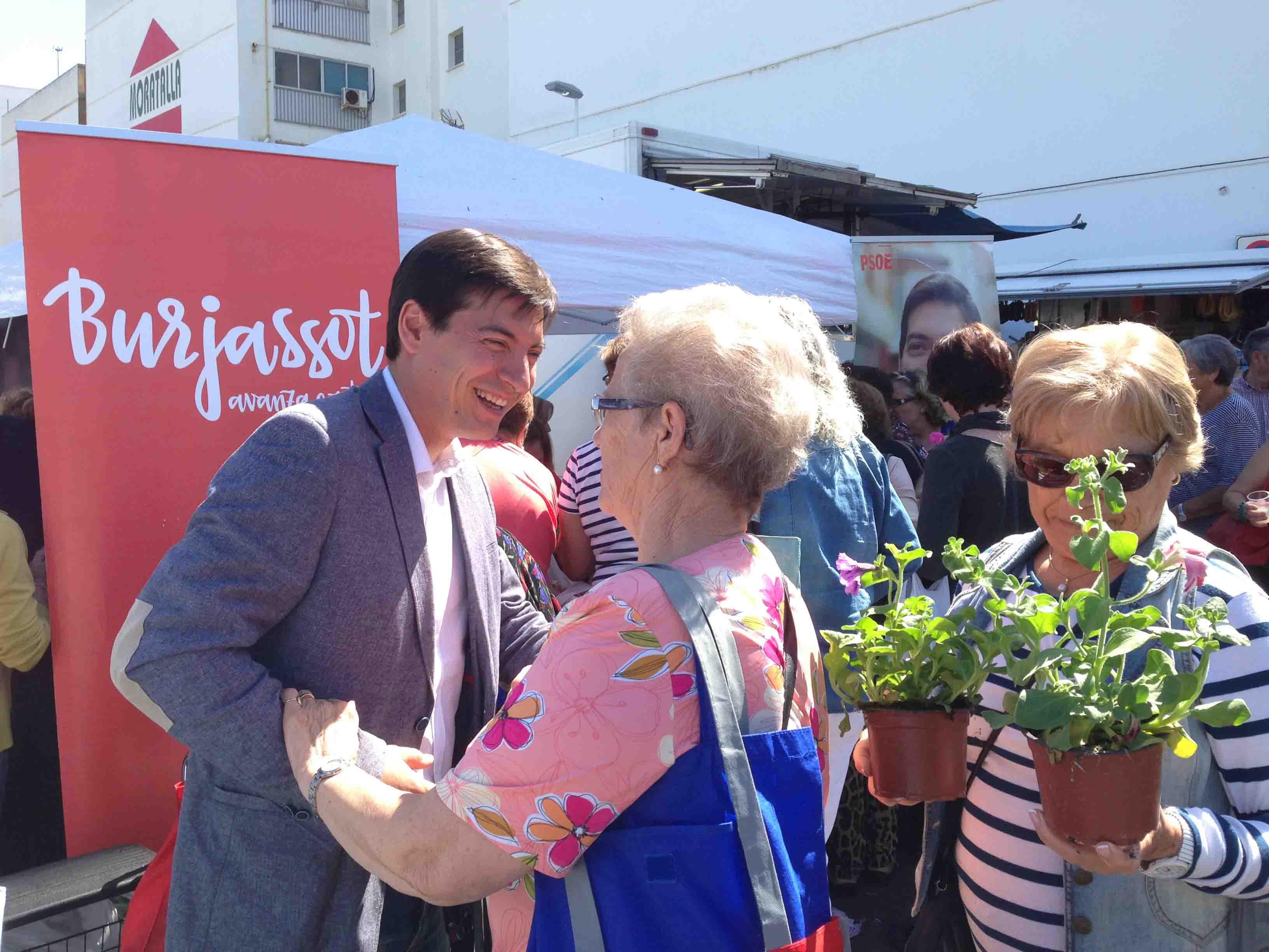Los Socialistas de Burjassot se comprometen a 'una persona, un salario'