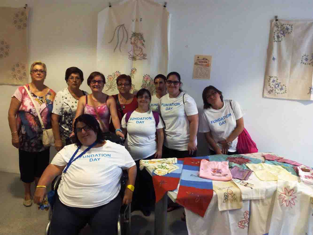 ADISTO expone en la Casa de la Dona de Torrent sus trabajos de manualidades y costura