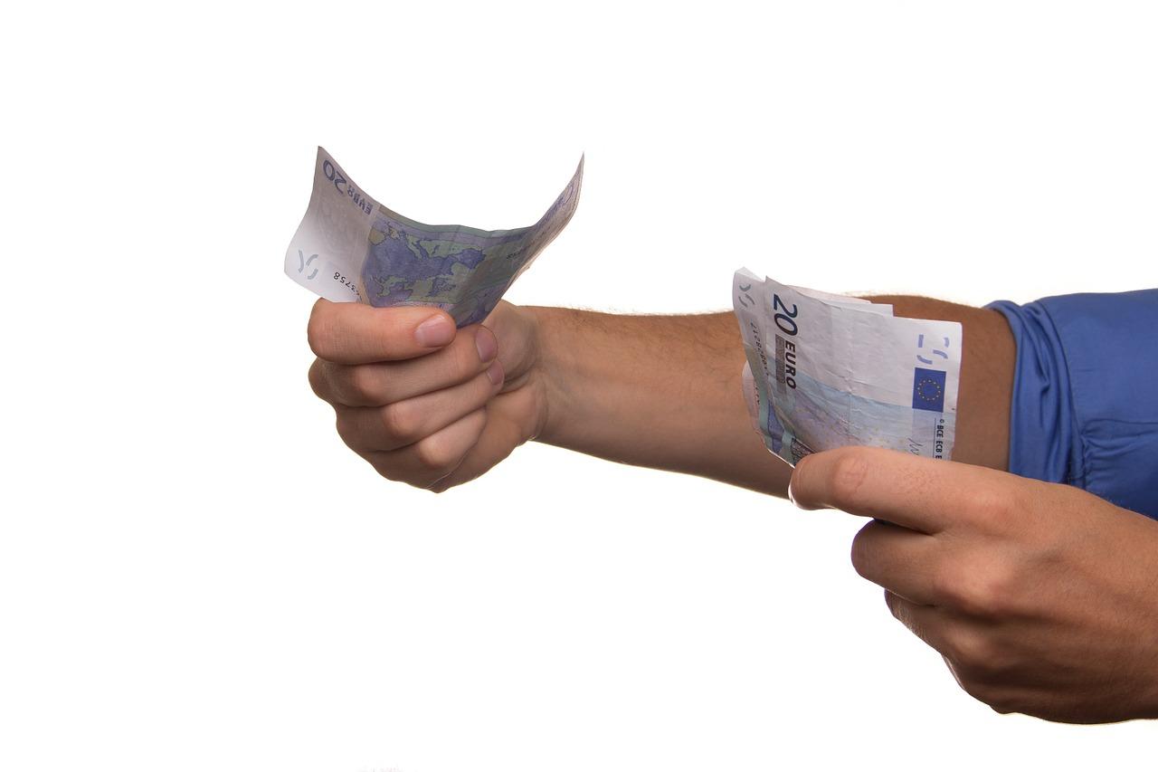 La cuesta de septiembre dispara la concesión de préstamos rápidos