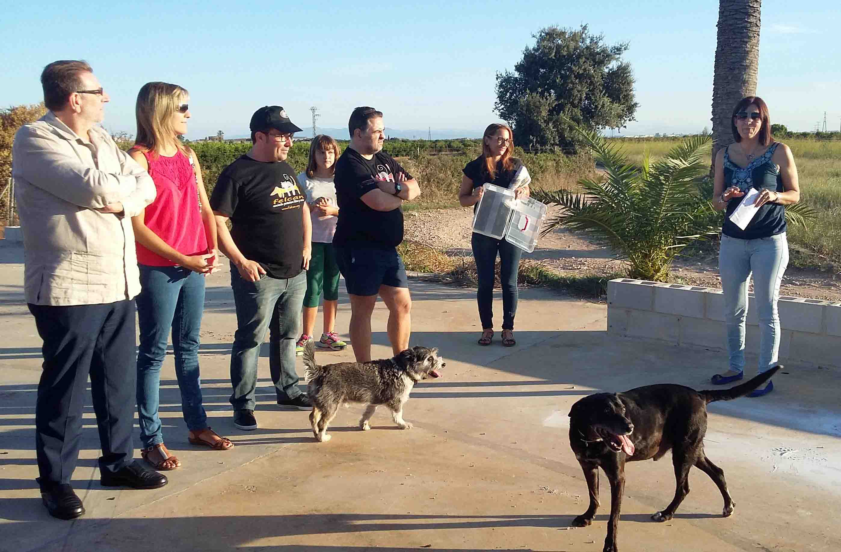 Felcan coloca la primera piedra del refugio de animales para Torrent