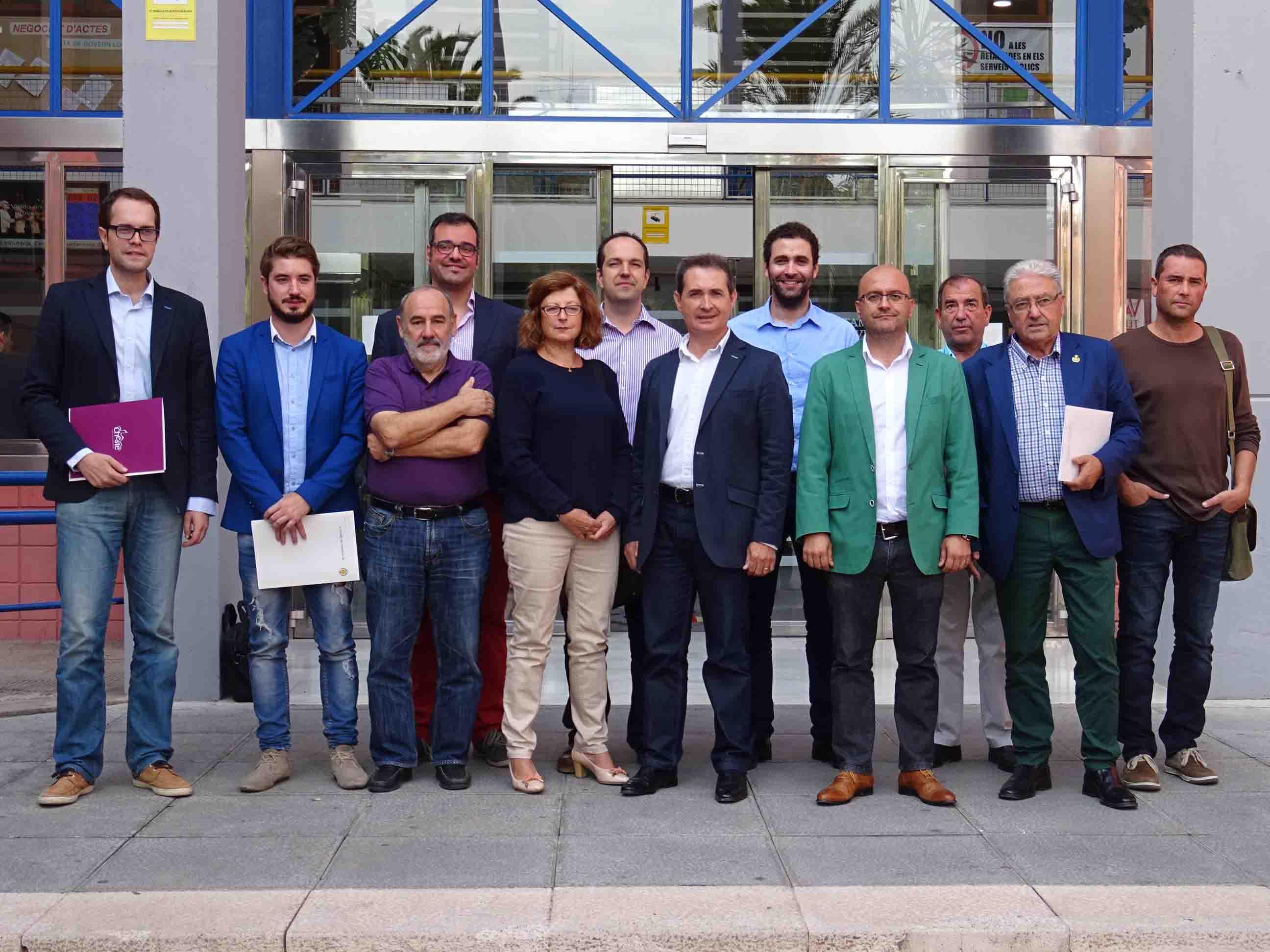 Once alcaldes firman la 'Declaración de Xirivella' para exigir mejoras en la línea C3 de Renfe