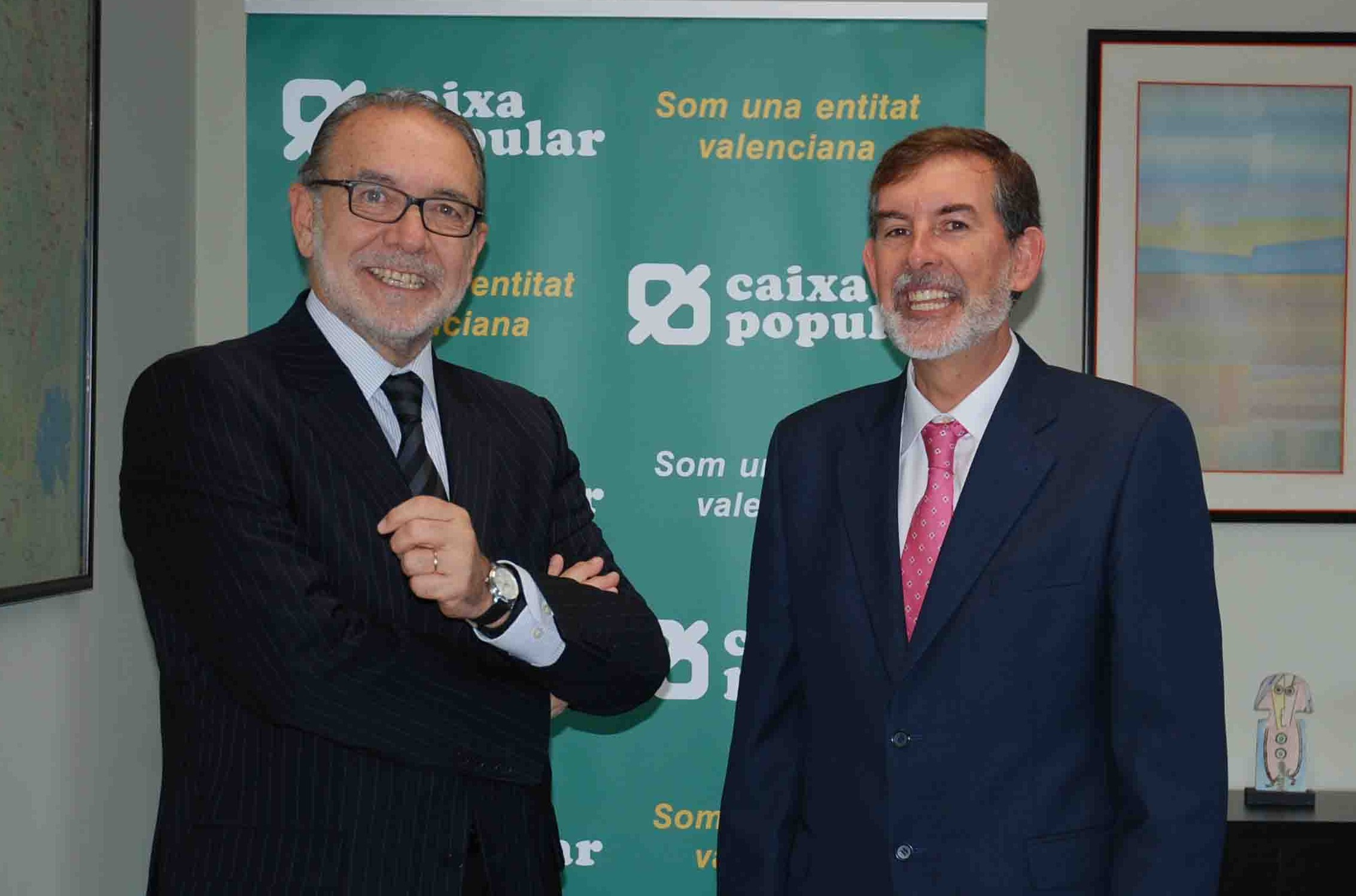 ÉTNOR y Caixa Popular firman un acuerdo para promocionar los valores éticos de la economía