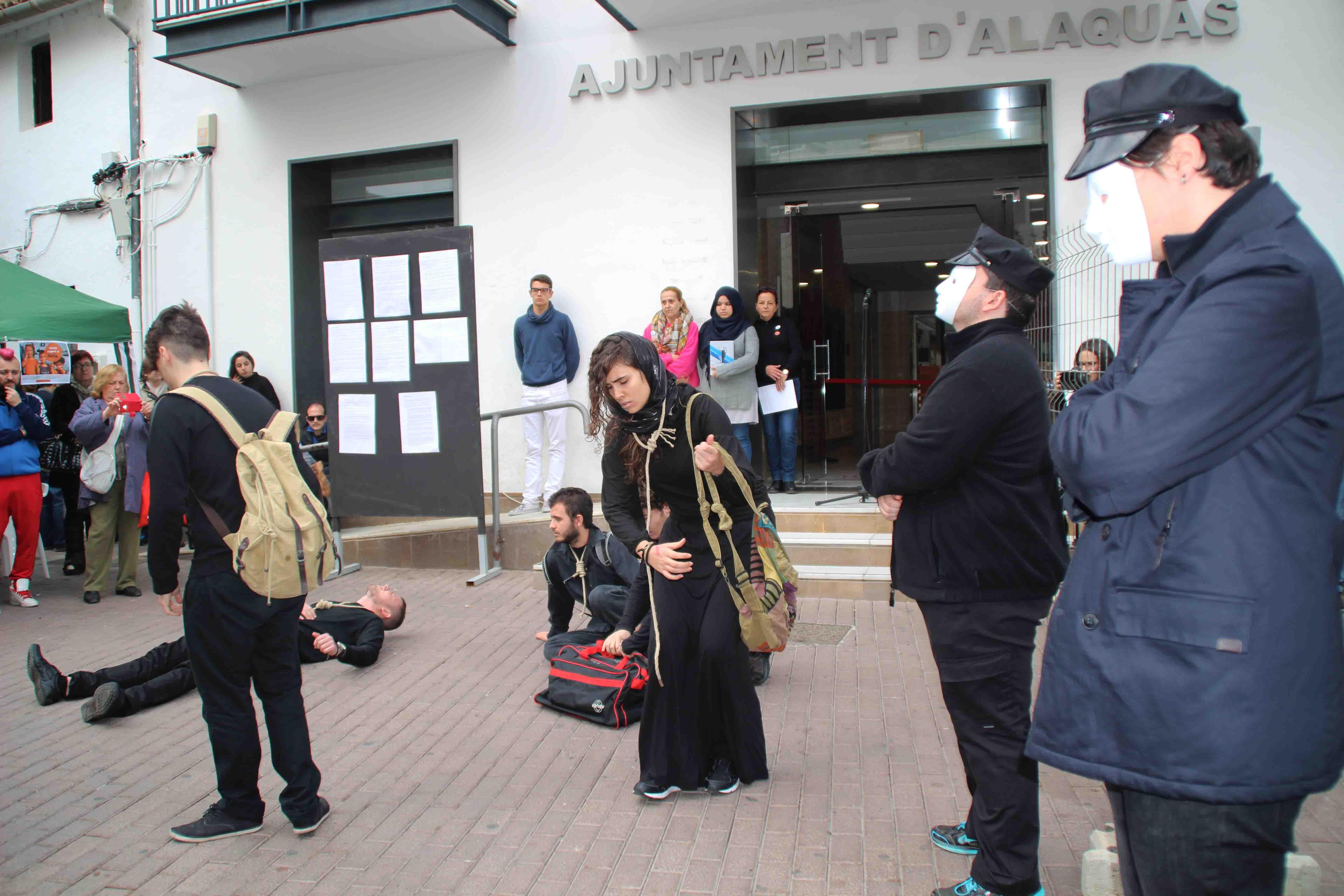 Centenars de veïns participaren en la Jornada de Sensibilització sobre els refugiats de Síria a Alaquàs