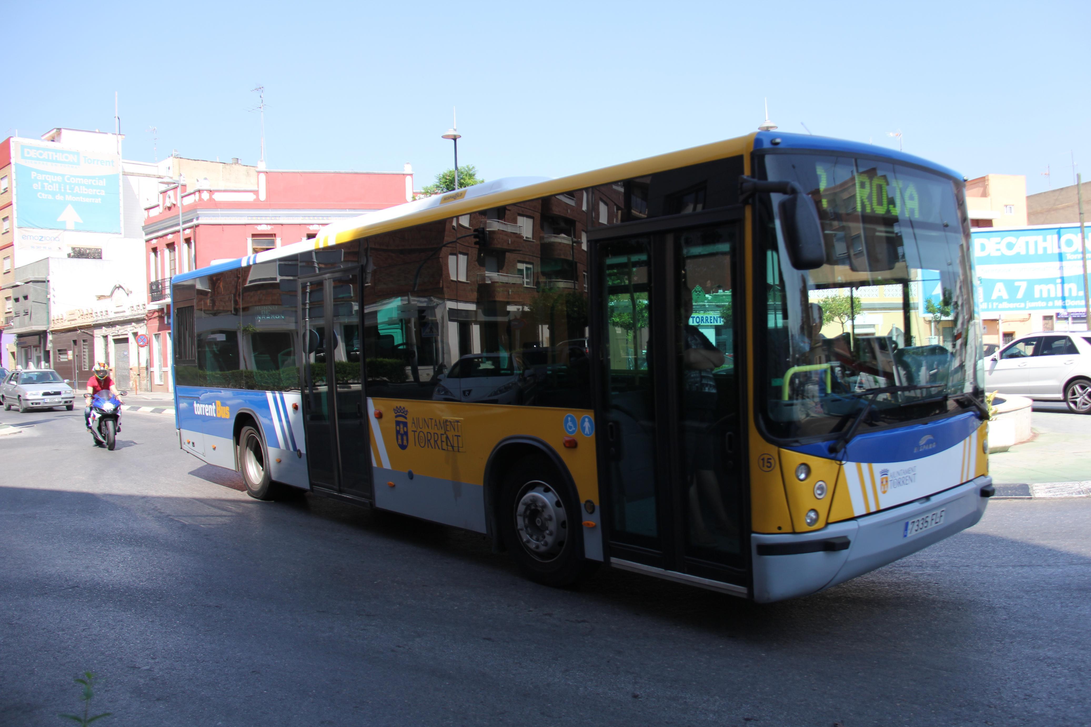 Torrent renueva la flota de autobuses en el Mes de la Movilidad