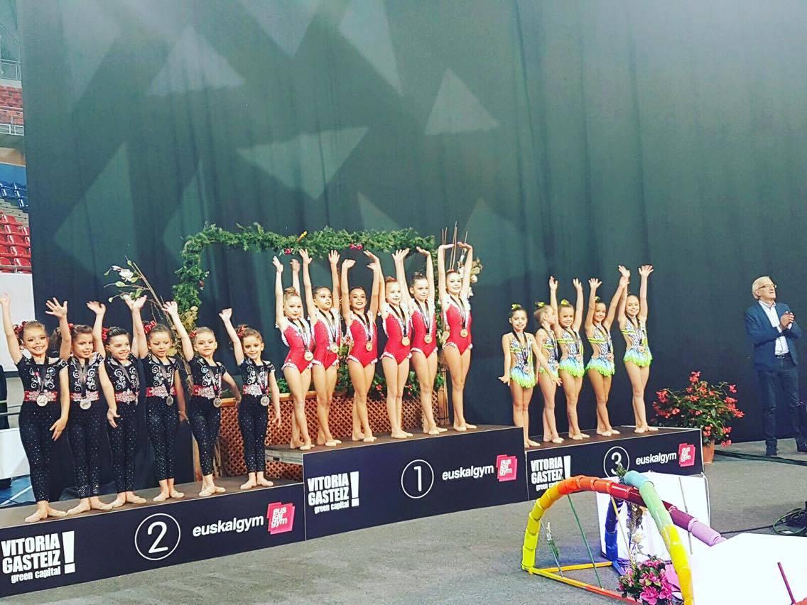 El equipo del Club de Gimnasia Rítmica Alboraya gana el Torneo Euskalgym