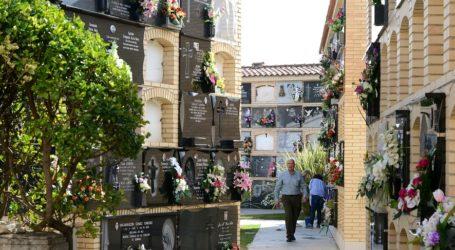 Paiporta amenitza els seus cementeris per Tots Sants amb música clàssica