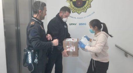 Donación de mascarillas a la Policía Local