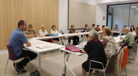 Quart de Poblet ofrece acompañamiento virtual a sus Aulas de Mayores