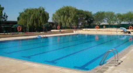 Manises no abrirá este verano su piscina municipal