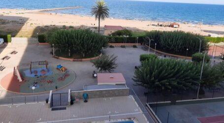 Cierran zonas comunes de una urbanización de El Puig al detectarse varios Covid-19