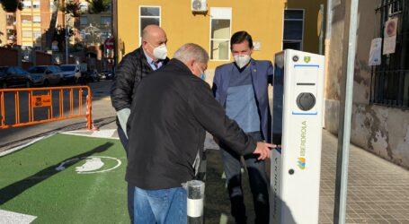 Burjassot pone en marcha dos nuevos puntos públicos de recarga para vehículos eléctricos