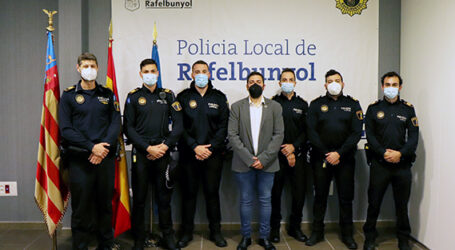 5 nous agents de la Policia Local de Rafelbunyol prenen possesió dels seus càrrecs