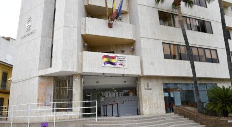 Paiporta celebra el 90 aniversari de la proclamació de la II República Espanyola amb una pancarta a la casa consistorial